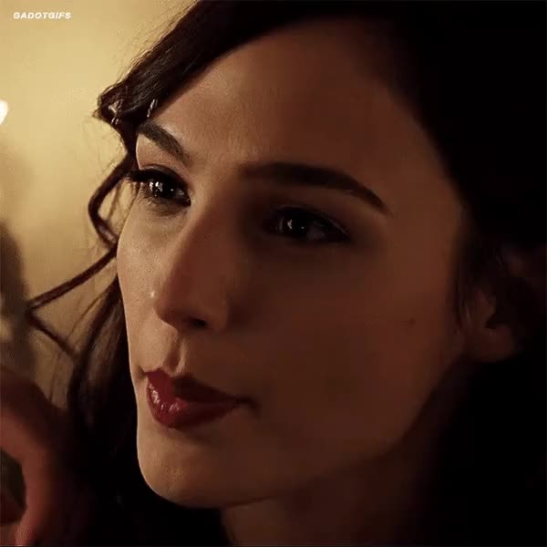 Watch and share Gal Gadot GIFs by yomikeehey on Gfycat