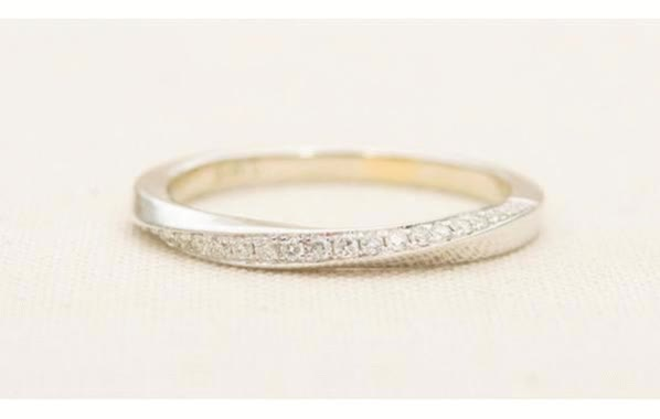 Watch and share Stacking Rings GIFs by Aurora Designer on Gfycat
