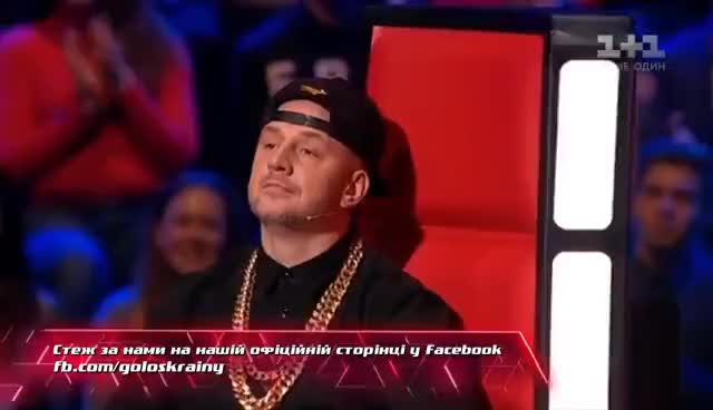 "Watch Oleksandr Klymenko ""Materynsʹka lyubov"" - blind Audition – The Voice of Ukraine – season 7 GIF on Gfycat. Discover more related GIFs on Gfycat"
