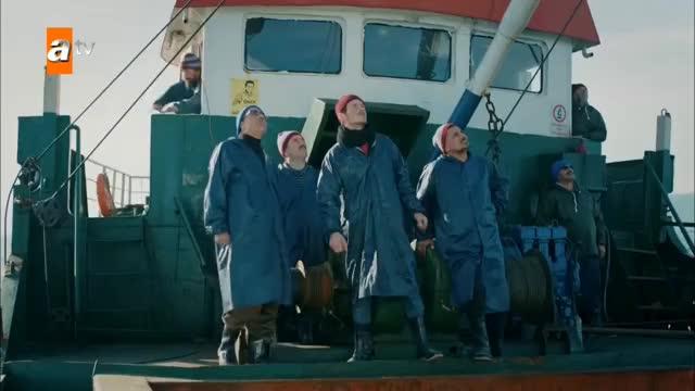 Şunu halledeyim ineceğim reis - Sen Anlat Karadeniz 1. Bölüm