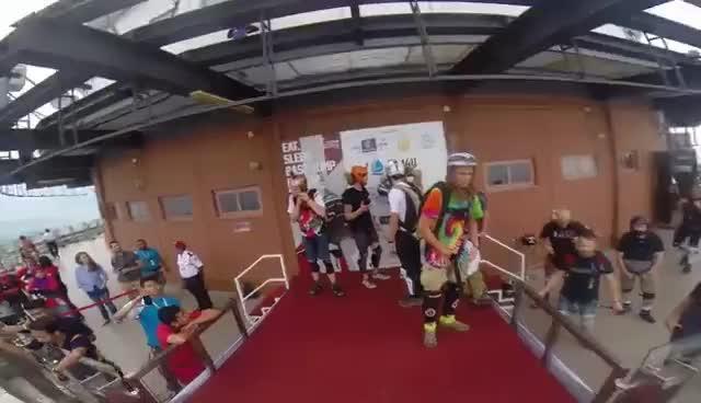 EPIC BASE JUMPING FAIL!!! GIFs