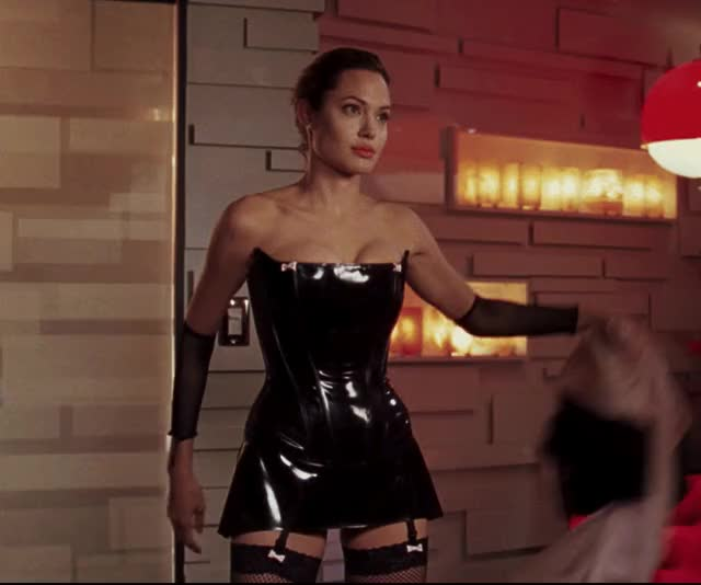 Watch this angelina jolie GIF by shapesus (@politoadmoves) on Gfycat. Discover more angelina jolie, celebs GIFs on Gfycat