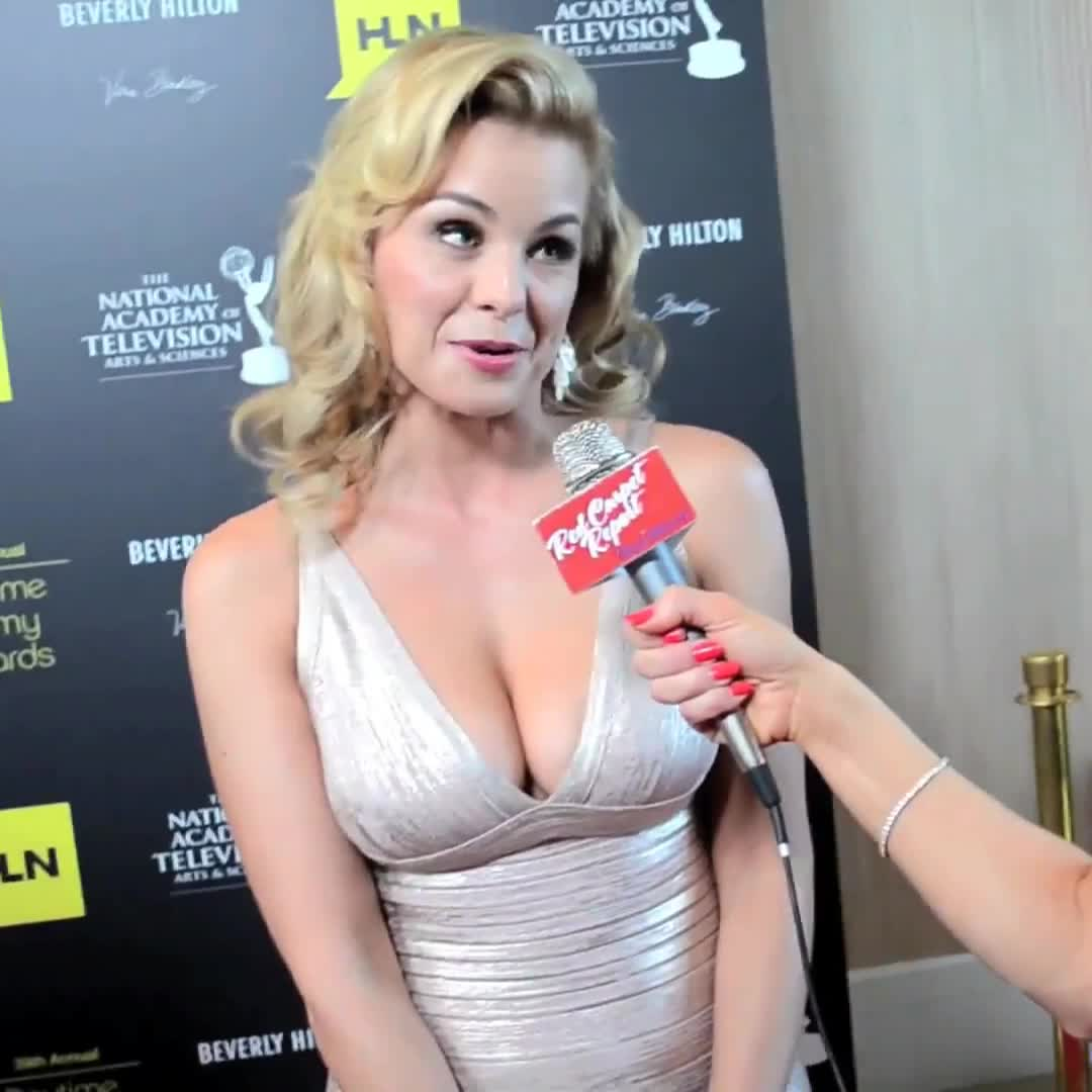 Celebs, Jessica Collins, JessicaCollins, Smoopy, bettereveryloop, friends, gentlemanbonersgifs, popular, wow, Jessica Collins GIFs