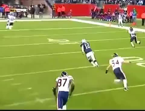 Watch and share Brady Jukes Urlacher GIFs on Gfycat