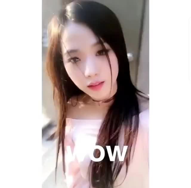Watch and share Jisoo GIFs on Gfycat