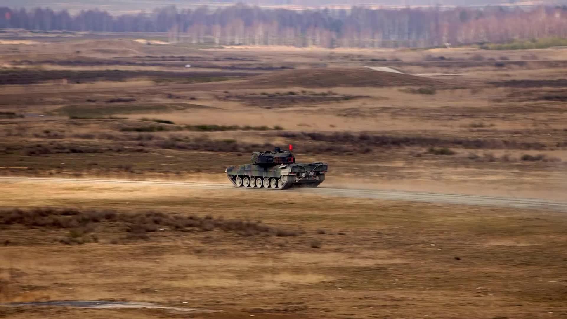 Bundeswehr, MilitaryGfys, NATO, Leopard 2 Tank Gunnery GIFs