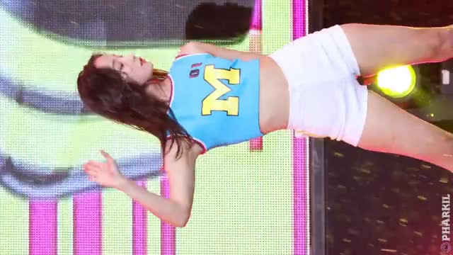 Watch and share Momoland GIFs on Gfycat