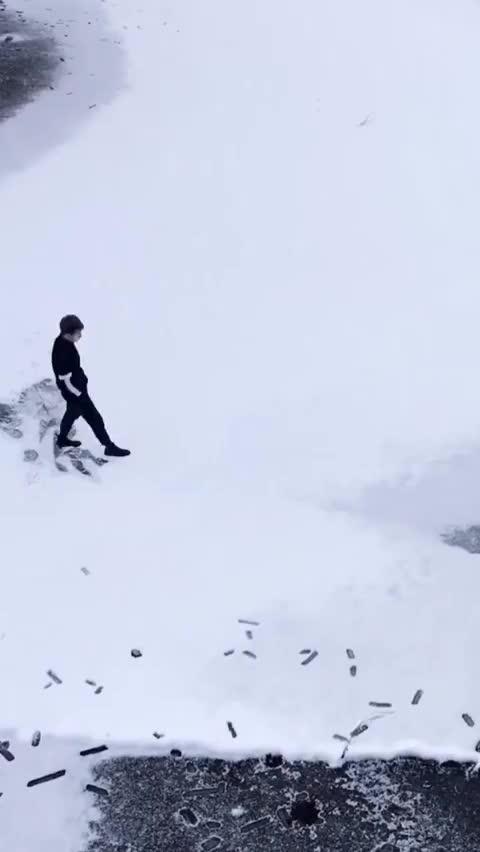 Watch and share Snow Portrait GIFs by MyNameGifOreilly on Gfycat