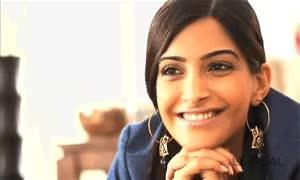 Watch and share Sonam Kapoor GIFs on Gfycat