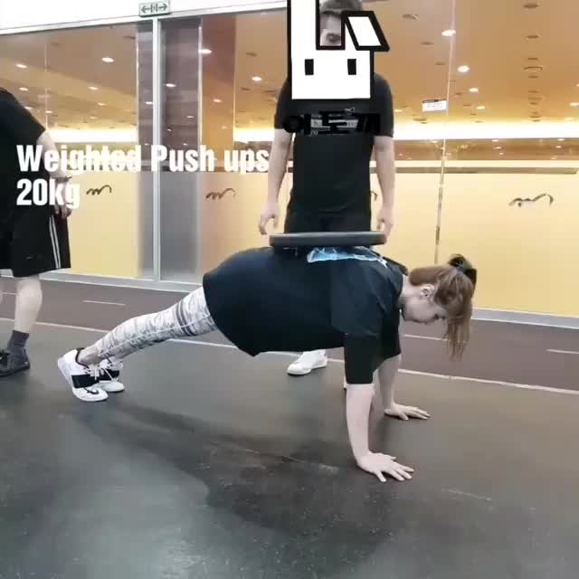 Watch and share Pushups GIFs and 벤치보조밴드 GIFs on Gfycat