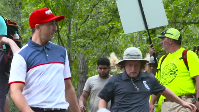 Watch 2017 PDGA Worlds Round 4 - Murrel runs GIF by @rprodart on Gfycat. Discover more disc, disc golf, tournament GIFs on Gfycat
