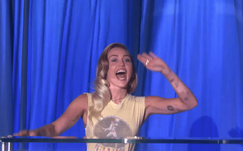 ellen show, greetings, hi, miley cyrus, wave, Miley Cyrus Hi GIFs