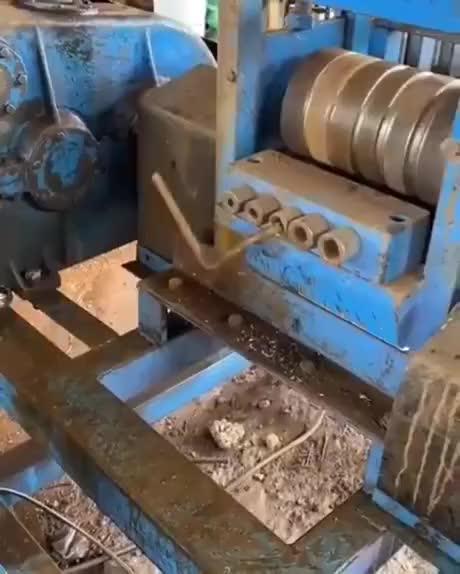 Straitening Machine 😯