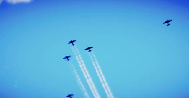 Watch and share Flying Fortress GIFs and Vapour Trails GIFs by HOT TIN CAT on Gfycat