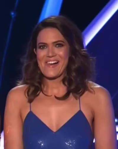 Watch and share Mandy Moore GIFs and Sagawards GIFs by Reactions on Gfycat