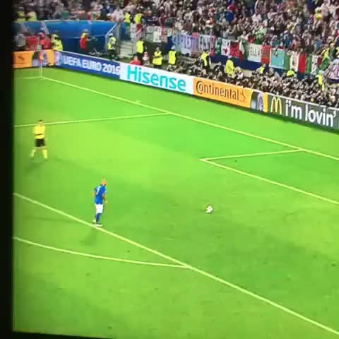 Watch and share Euro2016 GIFs and Football GIFs by drapetis on Gfycat