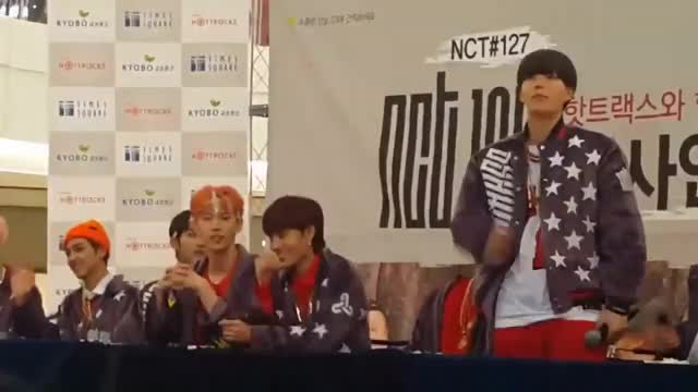 Watch 170120 NCT127 Yuta&Doyoung funny moment [Fansign] GIF on Gfycat. Discover more All Tags, doyoung, jaehyun, mark, nct, nct127, nctdream, nctu, taeil, taeyong, winwinw, yuta GIFs on Gfycat