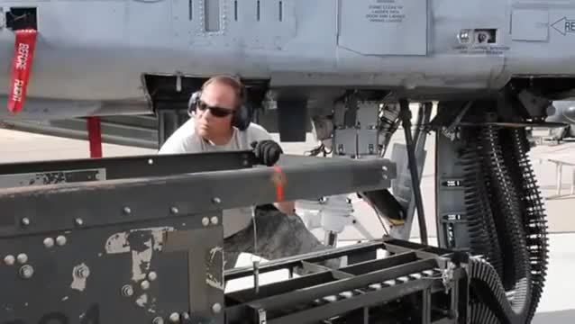 Fairchild Republic A-10 Thunderbolt II (Aircraft Model), a-10 gun reload, brrrrrrrrrrrrrrrrt, A-10 Thunderbolt II GAU-8 30mm Cannon Reload GIFs