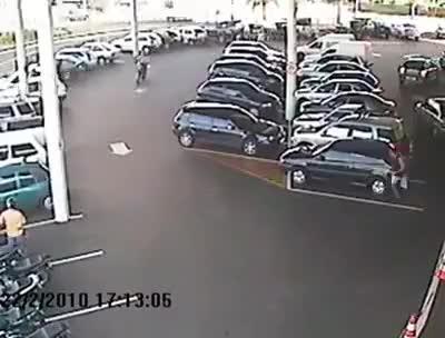 Watch and share Policial Derruba Ladrao Com Voadora E Recupera Moto Roubada GIFs on Gfycat