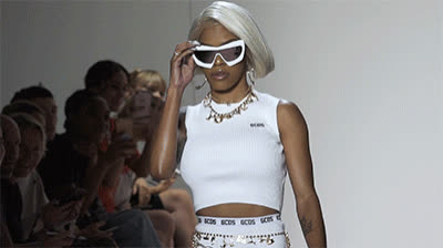 catwalk, deal with it, model, nyfw, sunglasses, teyana taylor, Teyana Taylor NYFW GIFs
