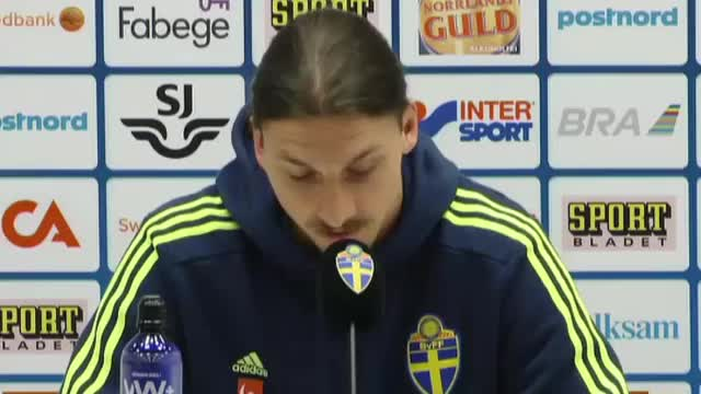 Watch Cheeky Zlatan GIF on Gfycat. Discover more ibrahimovic, smile, soccer GIFs on Gfycat