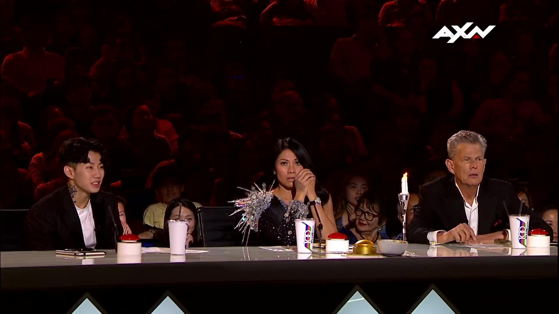 Những màn trình diễn rùng rợn đưa cô gái bị ma ám lên ngôi quán quân Asias Got Talent 2017