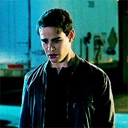 Watch and share Gif, Shadowhunters And Simon Lewis GIF On We Heart It GIFs on Gfycat
