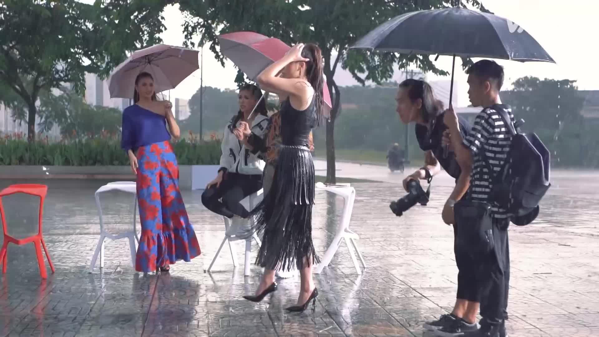 Trước giờ lên sóng: The Look sao lại có cả mỹ nam Thiên Minh lẫn Giang Hồng Ngọc, Mai Tiến Dũng thế này?