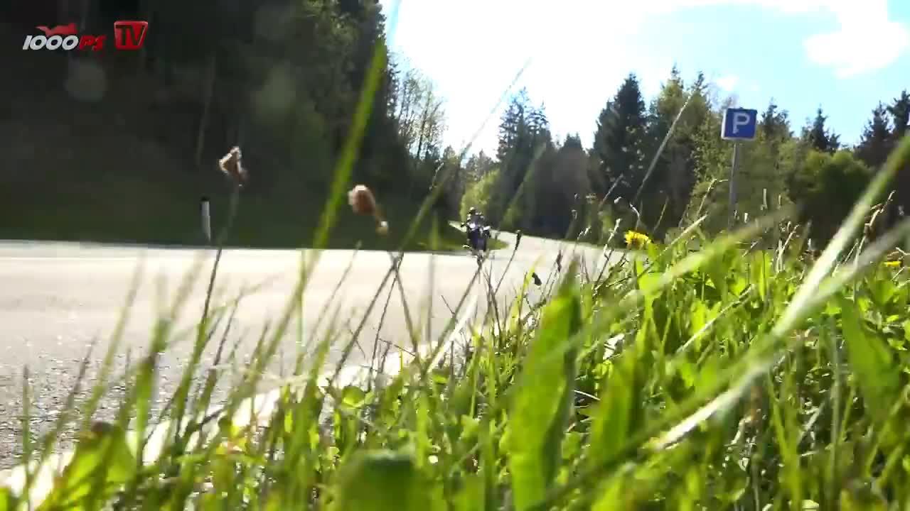 1000ps, All Tags, DTC, EXCLUSIVE, Elektronik, Motorrad, RDC, bmw, de, eindruck, esa, fahrmodi, kofferhalter, led, magazin, motorcycle, pakete, technik, video, zubeh, 1000PS Test - BMW R 1200 GS, Rallye und Exclusive 2017 - Elektronik - Overkill? GIFs