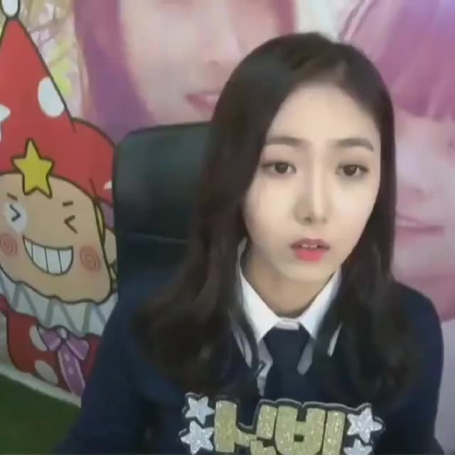 Watch confused sinb GIF by MECHABEAR (@mechabear) on Gfycat. Discover more related GIFs on Gfycat