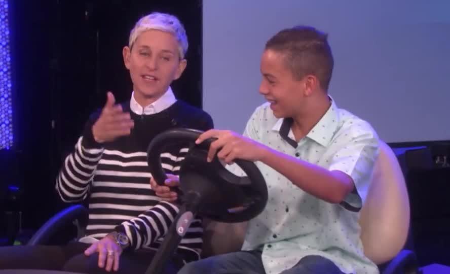 car, drive, ed, ellen, ellen degeneres, funny, instructor, wheel, Ellen Turns Into Drivers Ed Instructor GIFs