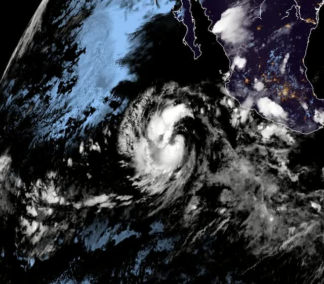 Watch and share Tropical Storm Rosa September 26, 2018 GIFs by The Watchers on Gfycat