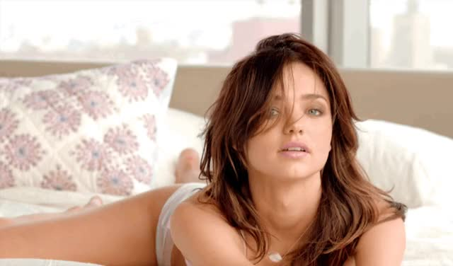 Watch Miranda Kerr GIF by shapesus (@politoadmoves) on Gfycat. Discover more miranda kerr, victoria's secret GIFs on Gfycat