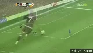 Watch and share O Pior Gol Perdido Da História Do Futebol GIFs on Gfycat
