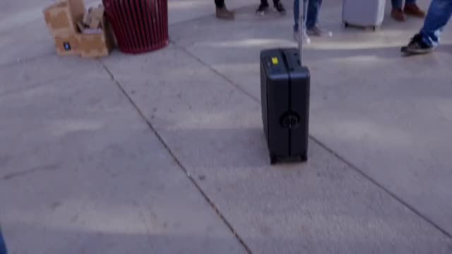 Watch Autonomous Suitcase GIF by @dhshawon on Gfycat. Discover more 2017, ces 2017, gifs GIFs on Gfycat