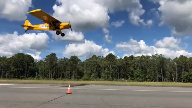 Watch this airplane GIF on Gfycat. Discover more 4-pointer, Dribble, Insane, airplane, amazing, basketball, dribble, dunks, globetrotters, insane, nba, plane, transportation, wildwood GIFs on Gfycat