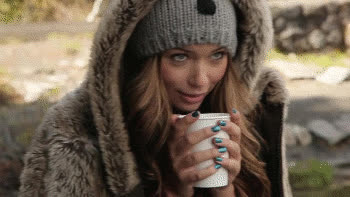 Sandra Kubicka as Jaclyn Hunt (with brown eyes) GIFs