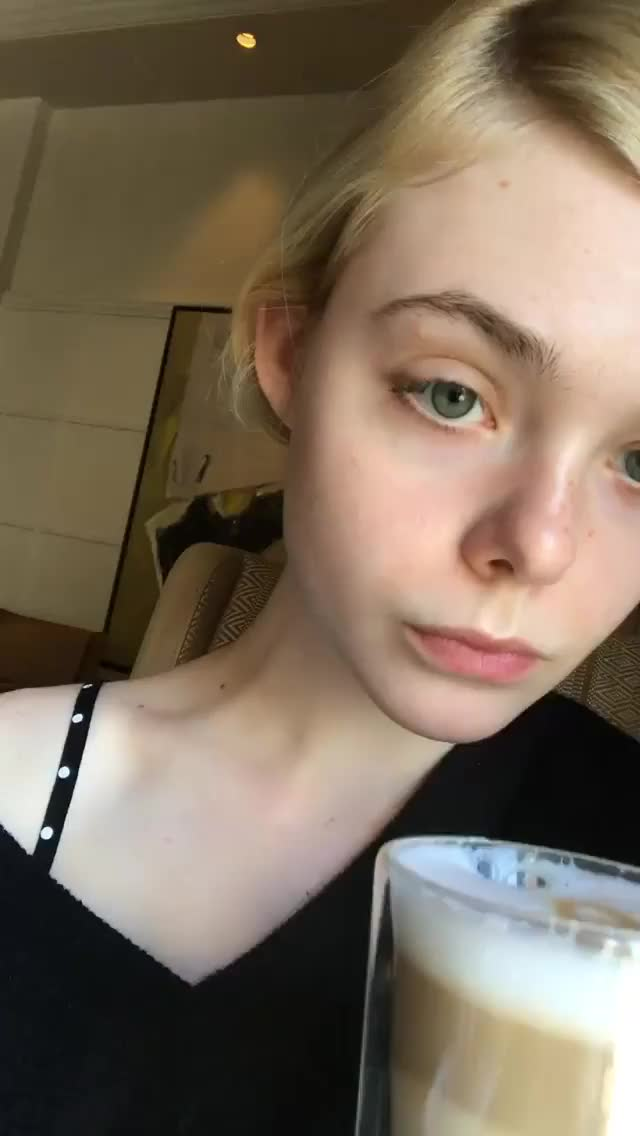 Watch and share Ellefanning GIFs and Actress GIFs by deigismon on Gfycat