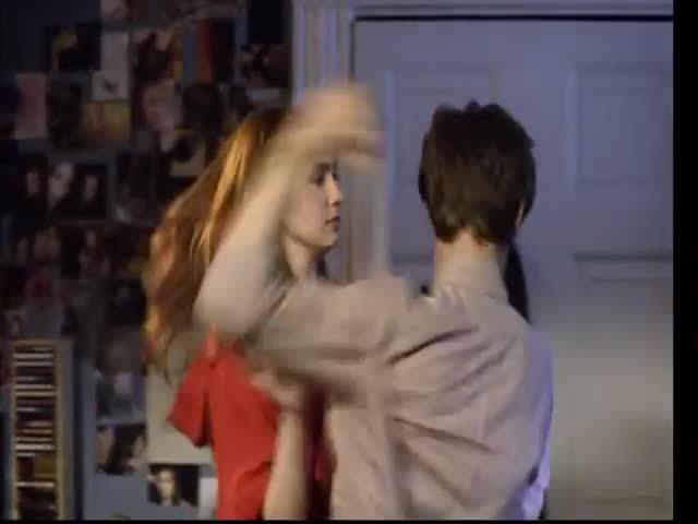 karengillan, series, who, Doctor Who: The Doctor and Amy kiss GIFs