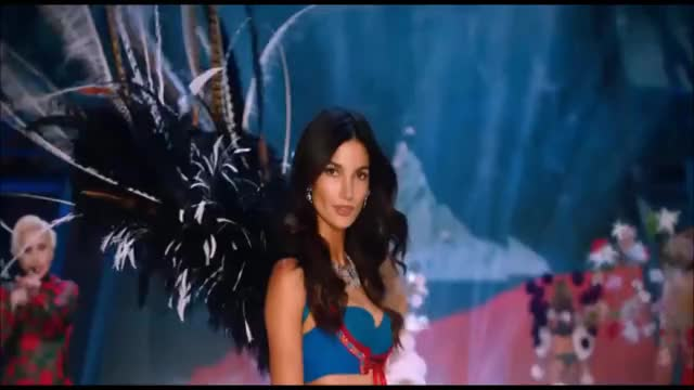 Watch this fashion GIF on Gfycat. Discover more fashion, lily aldridge, model, victorias secret, victoriassecret, vsfashionshow GIFs on Gfycat
