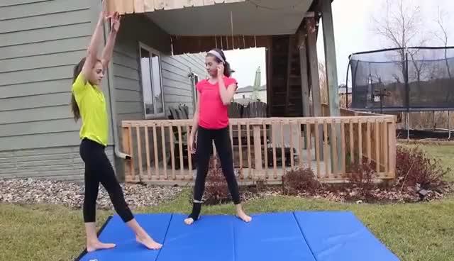 handstand GIFs Search | Find, Make & Share Gfycat GIFsKelsi Monroe Splits