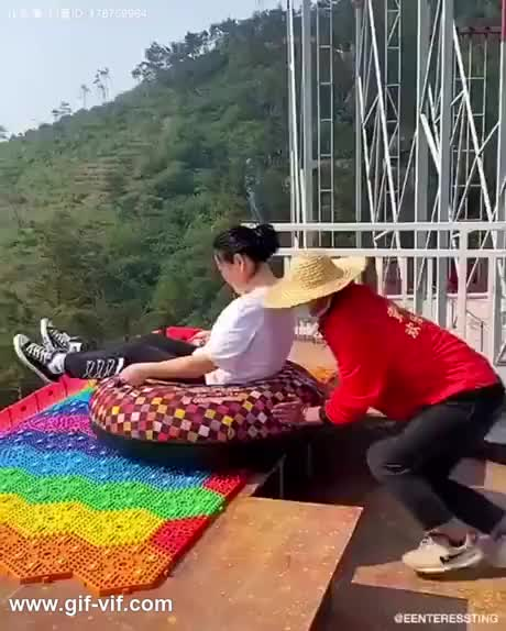 Watch and share The Rainbow Slide GIFs by Gif-vif.com on Gfycat