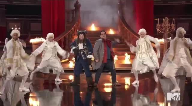 Watch and share Mtv Awards 2017 GIFs by Reactions on Gfycat