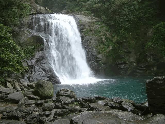 Watch and share Waterfall Gifs Creativeartworksblog Beautiful Waterfalls The Awesome Beautiful Waterfalls GIFs on Gfycat