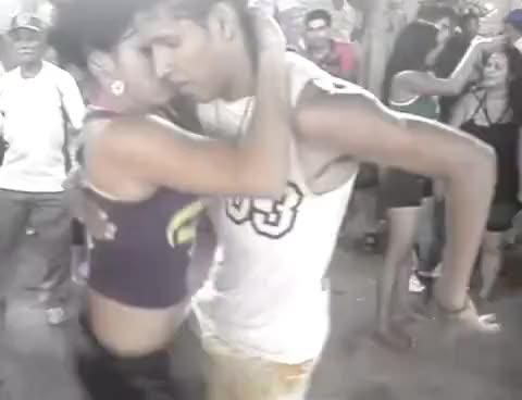 Гифы танец ламбада