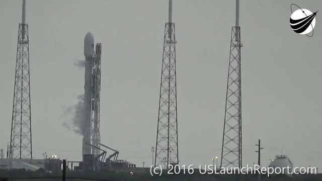 Watch SpaceX - Static Fire Anomaly - AMOS-6 - 09-01-2016 GIF on Gfycat. Discover more news report, rocket launch, space GIFs on Gfycat