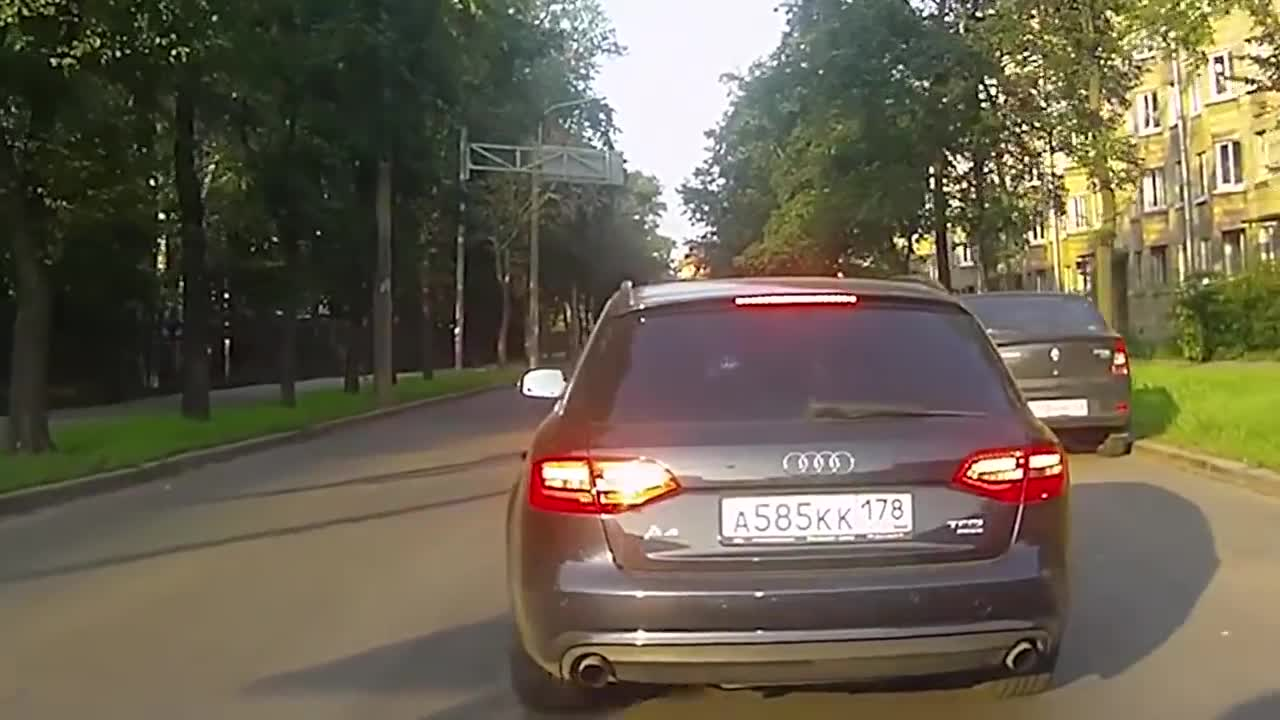 How To Not Drive Your Car on Russian Roads, car, car in winter, cars, driver, drivers, speed, truck, trucks drivers, winter roads, World Worst Drivers in Cars 2019 GIFs