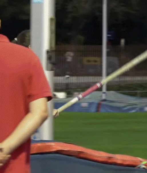 Incredible Spanish Pole Vault Beauty Strikes Again