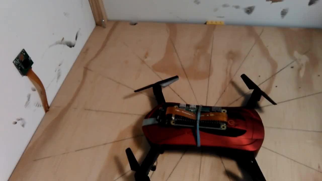 Eachine E52 FPV drone carries Raspberry Pi ZeroW + v1 camera + cable 👍 GIFs