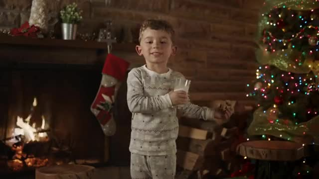 Watch Questions de Noël sur le lait | 60 secondes GIF on Gfycat. Discover more related GIFs on Gfycat